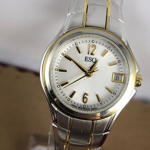 Fabulous Vintage Ladies Swiss Movado ESQ Watch